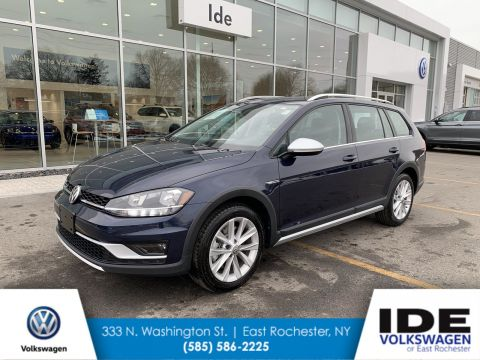 New 2019 Volkswagen Golf Alltrack SE AWD